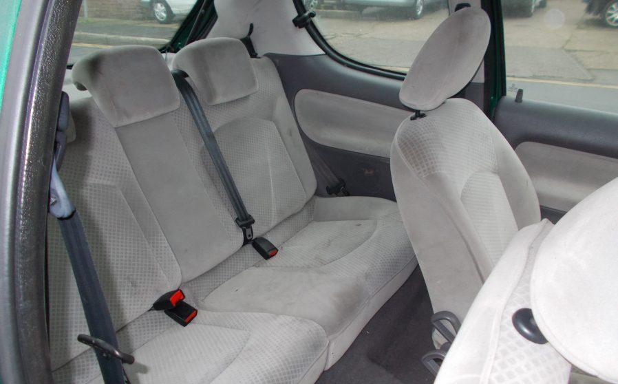 Peugoet 206 Green Passenger Seat.