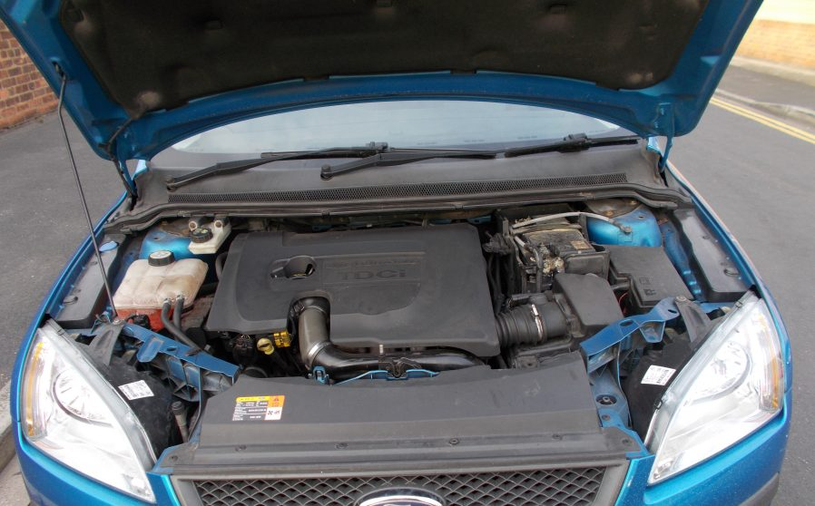 Ford Focus Sport Blue Engine.