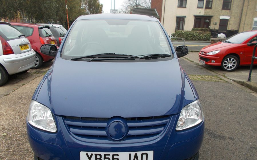 vw-urban-fox-blue-front
