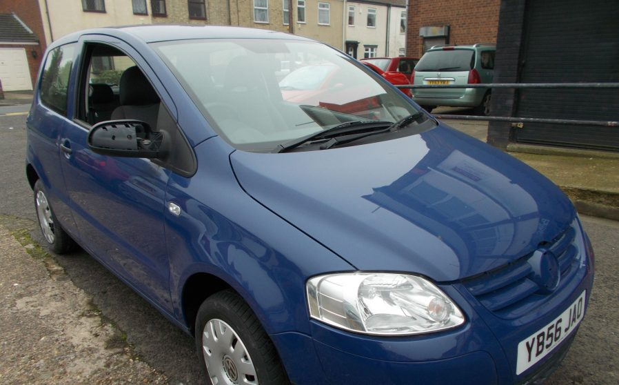 vw-urban-fox-blue-front-nearside
